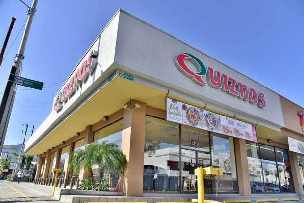Cadenas de comida rápida se unen a colecta de Techo