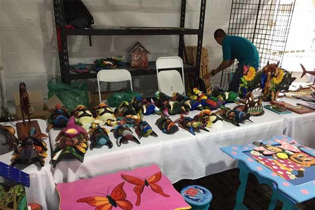Feria artesanal de reos cambiará de sede ante negativa del Congreso