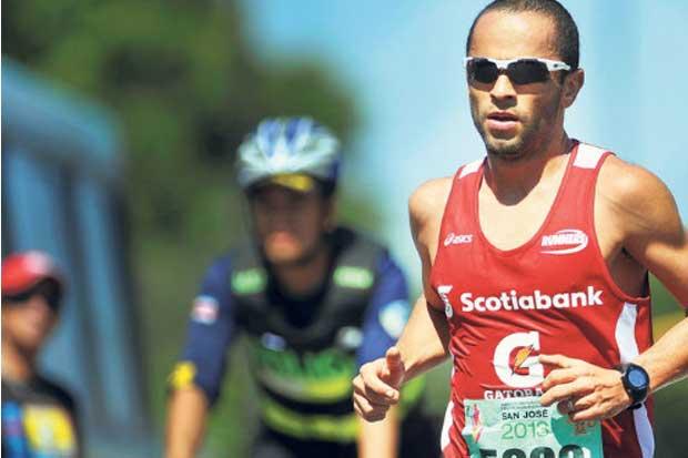 César Lizano avasalló en los 21 kilómetros de The  North Face Endurance Challenge