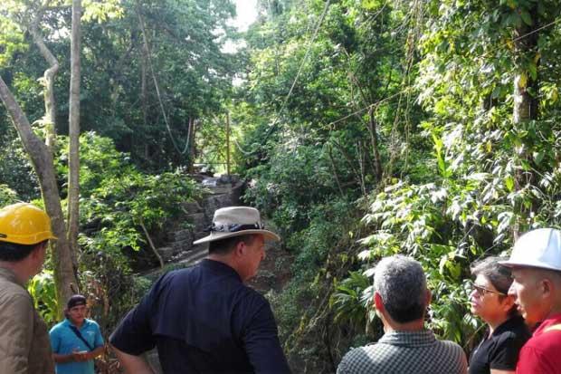 Infraestructura vial impulsará desarrollo turístico en Drake