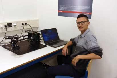 Alumno del TEC investiga en Países Bajos cómo perfeccionar control de robots