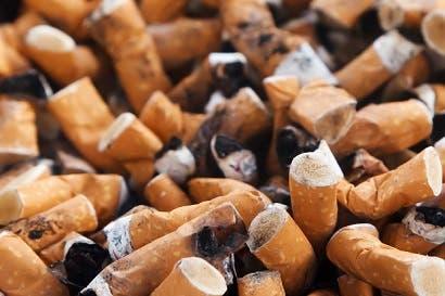 Fumar eleva riesgos de sufrir cataratas y otras enfermedades visuales
