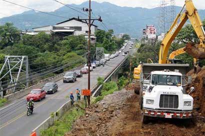 Inician trabajos para nuevo puente sobre el Virilla en Santa Ana