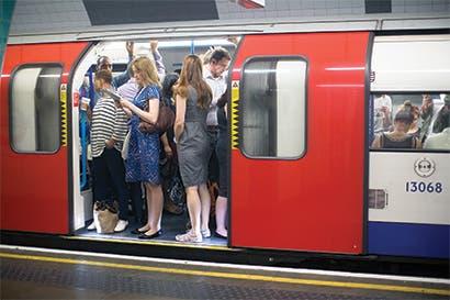 Londres buscaría acuerdo para poner internet 4G en su metro