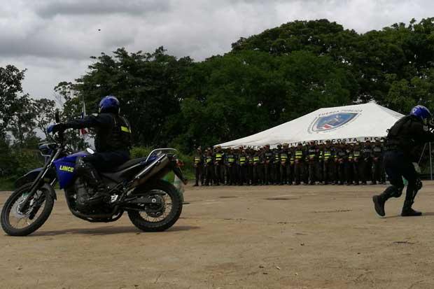 140 oficiales se capacitan en respuesta rápida