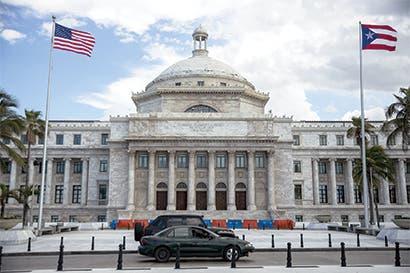 Éxodo de puertorriqueños agrava situación económica en la isla