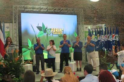 100 empresas buscan cuidar el medio ambiente en Antigua Aduana