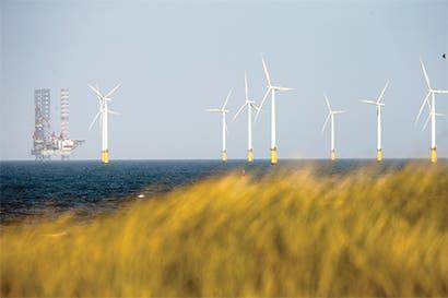 Brasil insiste en proyectos de energía renovable pese a crisis