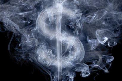 Mercado confundido por política cambiaria del Banco Central