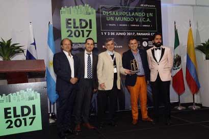 Cuestamoras gana premios de desarrollo inmobiliario en Latinoamérica