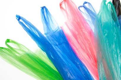 Gollo y La Curacao eliminan uso de bolsas plásticas en sus tiendas