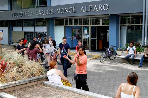 UCR celebra semana ambiental