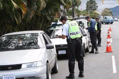 Aprueban iniciativa que reforma parcialmente Ley de Tránsito