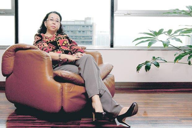 Presidenta de la Caja deja su cargo
