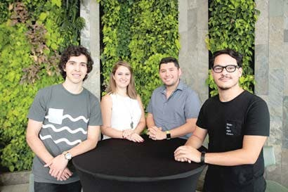 Jóvenes lanzan emprendimiento social de entretenimiento