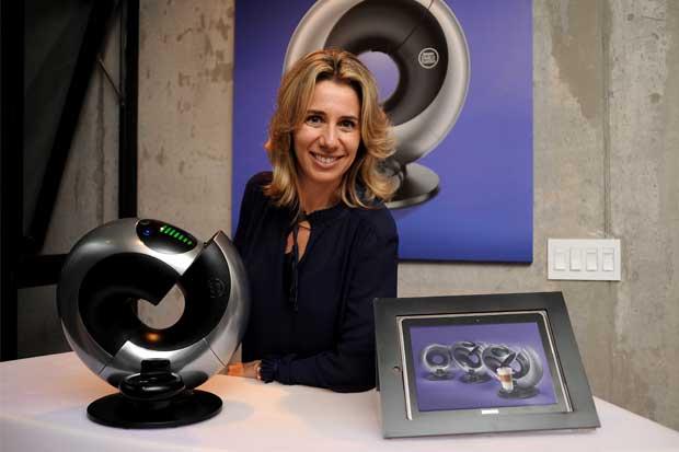 Nescafé lanzó nuevo modelo de máquina premium