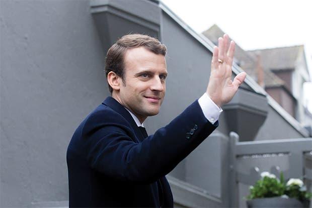 Macron consolida poder en Francia al ganar mayoría legislativa