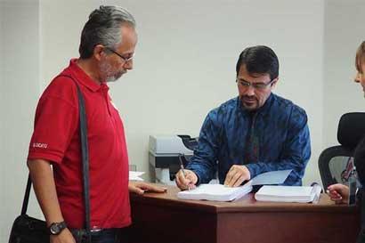 APSE denuncia al Gobierno ante la OIT por prácticas antisindicales