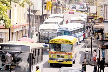Empresas autobuseras no solicitaban aumento desde 2011