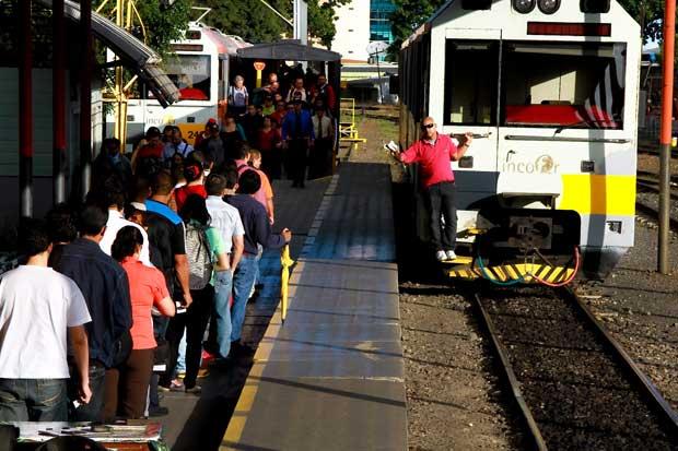 Suspenden tren hacia Heredia hoy y mañana