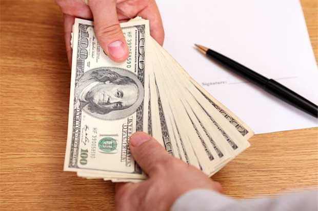 Banco Central modifica reglas de nuevo para controlar mercado cambiario