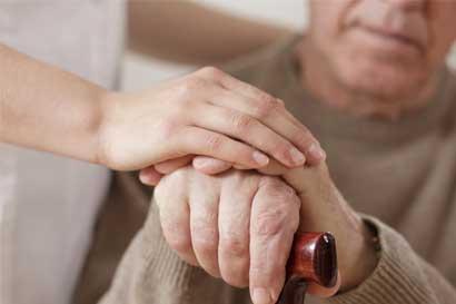 Adultos mayores no tendrán que presentar carné en la Caja