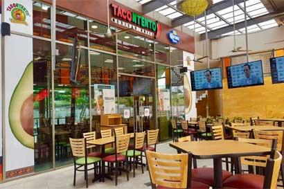 Tacontento abrió su primer food court con venta de licor