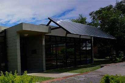 Diputados enfrentados por propuesta para cerrar Colegio Universitario de Cartago
