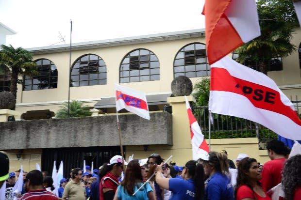 Pensiones y aumento salarial motivan huelga de APSE