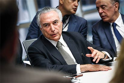 Presidente de Brasil es acusado de corrupción por fiscal general
