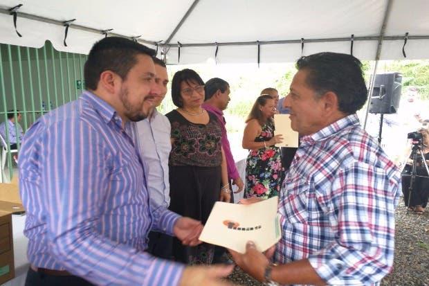 Familias de Turrialba recibirán títulos de propiedad