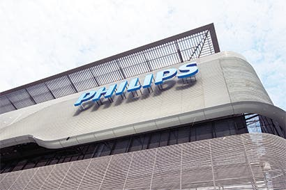 Philips compra firma de dispositivos coronarios Spectranetics