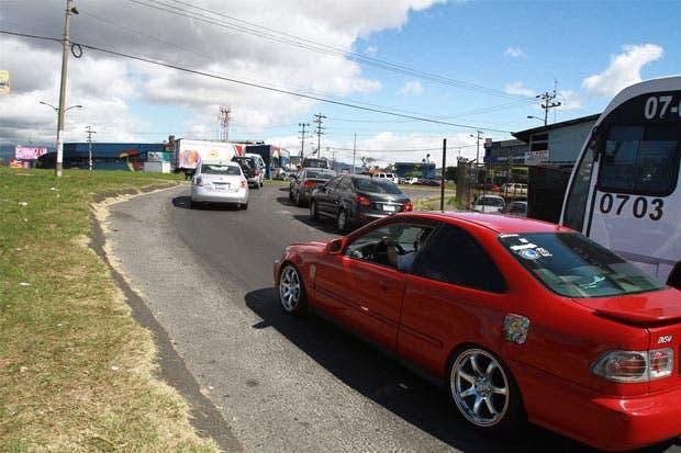 Proyecto de ley propone bajar límites de velocidad en zonas muy pobladas