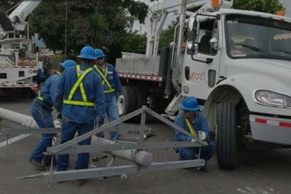 CNFL inspeccionará daños que dejó la explosión de la subestación en Desamparados