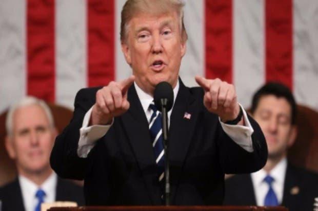 Republicanos critican a Trump por atacar a periodista