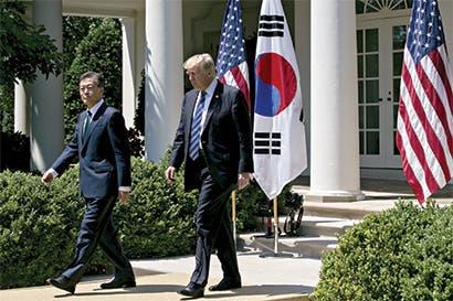 Trump exige a Corea del Sur trato justo para autos de EE.UU.