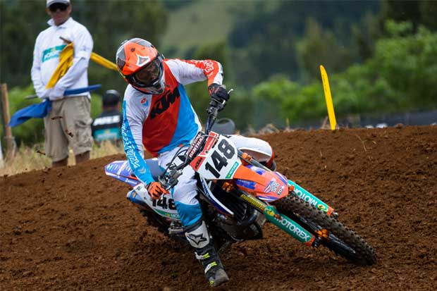 Cole Thompson dominó quinta fecha de campeonato de motocross