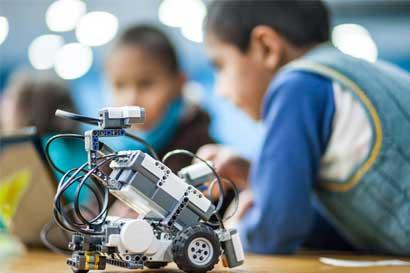 Aproveche los cursos de robótica para niños en las vacaciones