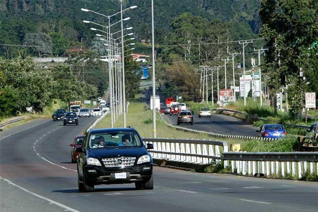 Diputados aprueban proyecto para ampliar carretera Florencio del Castillo