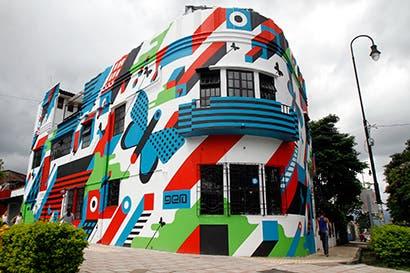 """Hoy se inauguró mural """"Ciudad Metamórfica"""""""