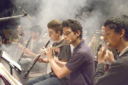Orquesta Sinfónica del Sifais al ritmo del rock nacional