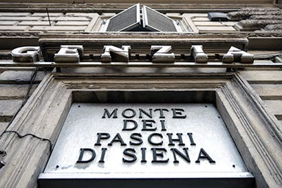 Bancos italianos se recobran gracias a rescate de contribuyentes