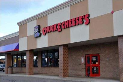 Chuck E. Cheese's requiere contratar personal