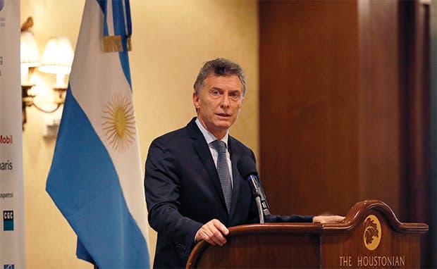 Argentina pierde brillo por endeudamiento y riesgo electoral