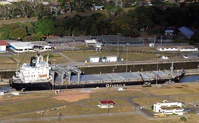 Canal de Panamá beneficia al planeta, rediseña rutas comerciales