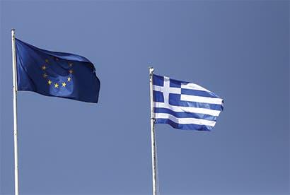 UE aprueba entrega de 8.500 millones de euros para Grecia