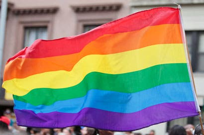 Derechos gais dividen a candidatos del PAC