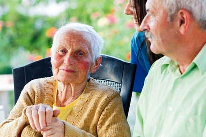 Primer estudio buscará conocer a población centenaria