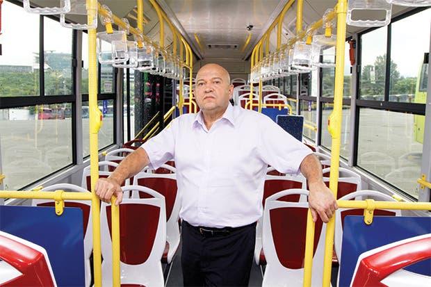 MOPT definirá mañana empresa que dará servicio en rutas de bus abandonadas