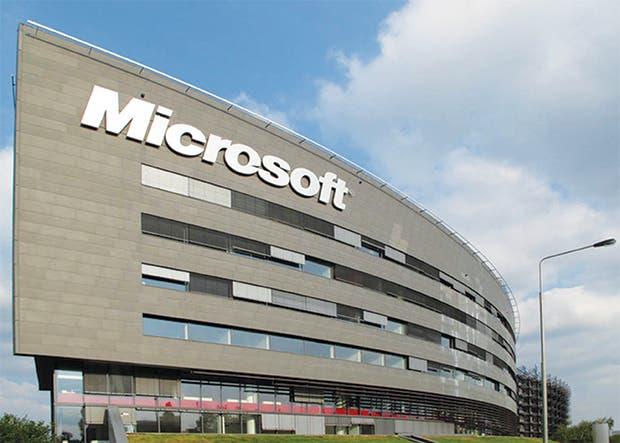 Microsoft financiará conectividad rápida para interior de EE.UU.